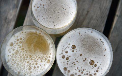 skleničky se cidrem